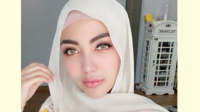 Bella Shofie Kesal Dikritik Pakaiannya Masih Ketat saat Pakai Hijab: Dibaca Buat Netizen Indonesia!