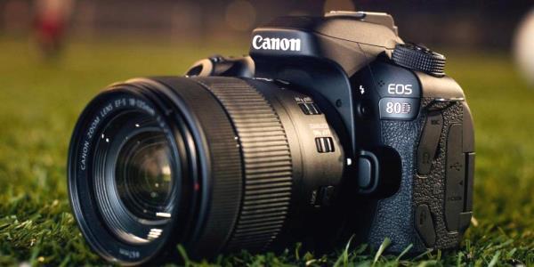 Pemula! Disarankan Pakai Kamera DSLR Canon ini
